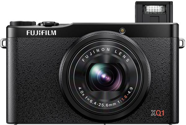 Рекомендованная розничная цена камеры Fujifilm XQ1 - 16 999 рублей