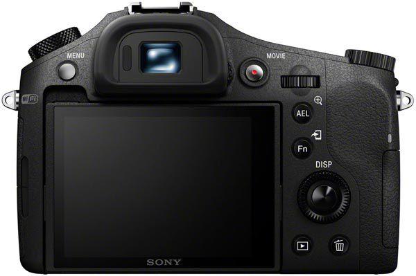 Камера Sony Cyber-shot RX10 с дюймовым датчиком разрешением 20,2 Мп оснащена объективом с ЭФР 24-200 мм и постоянной максимальной диафрагмой F/2,8