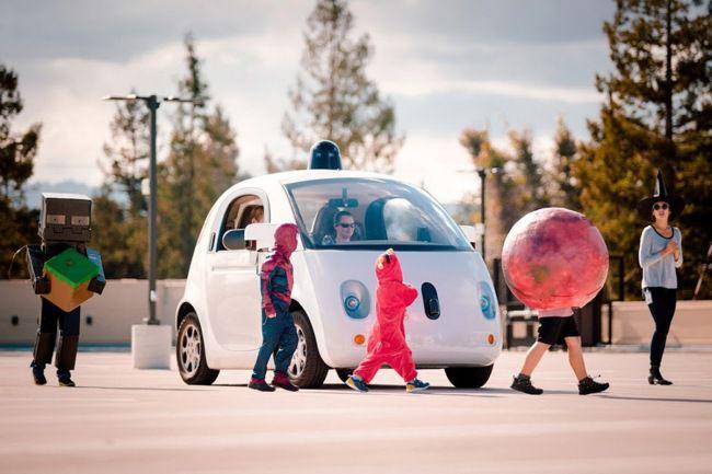 При виде детей беспилотные автомобили Google будут двигаться в режиме повышенной осторожности