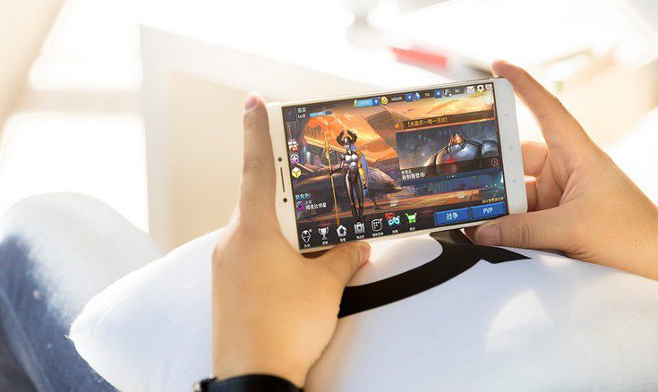 Смартфон Xiaomi Mi Max оценили в $230