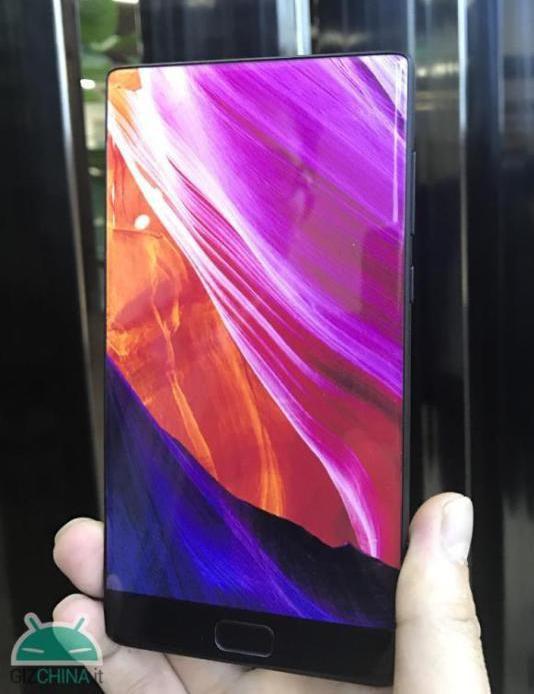 Смартфон Elephone S8 получил еще более тонкие рамки вокруг экрана, чем Xiaomi Mi Mix